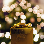 How Much Should You Spend on Gifts This Christmas?